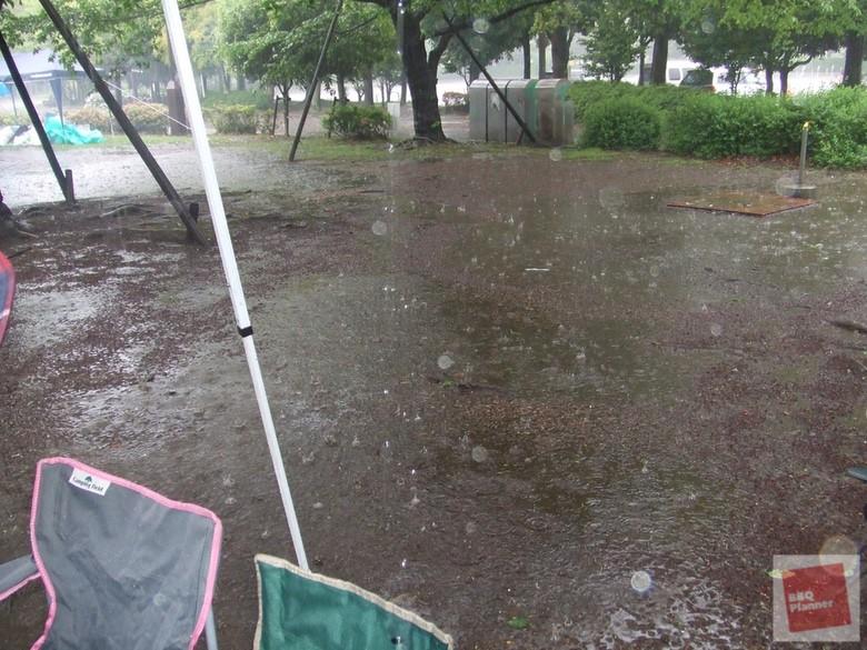 雨の日のBBQ 4