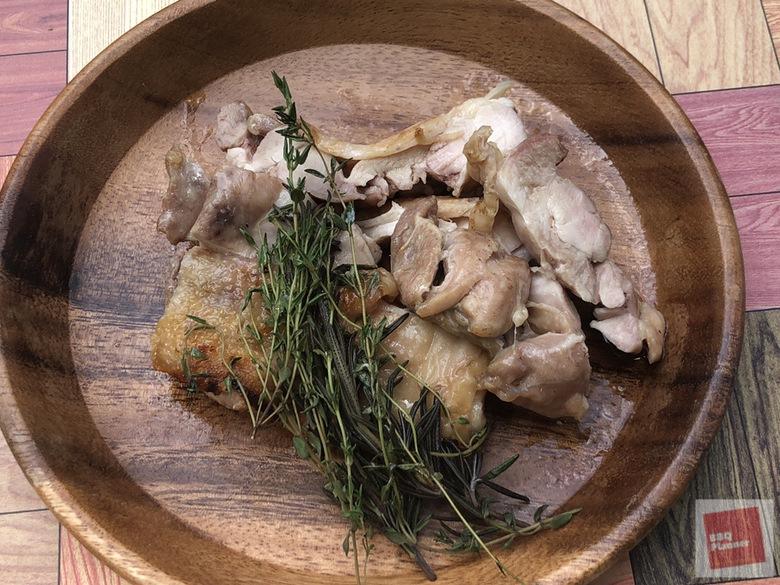 鶏もも肉ハーブ焼き 19