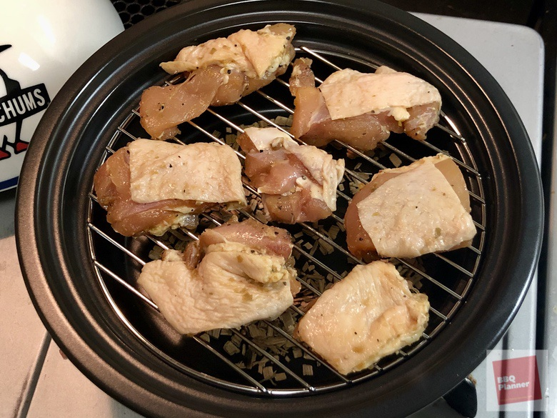 鶏もも肉の燻製 12